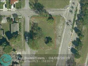 56 SW 2nd St, Hallandale, FL 33009 (MLS #F10217191) :: The Paiz Group
