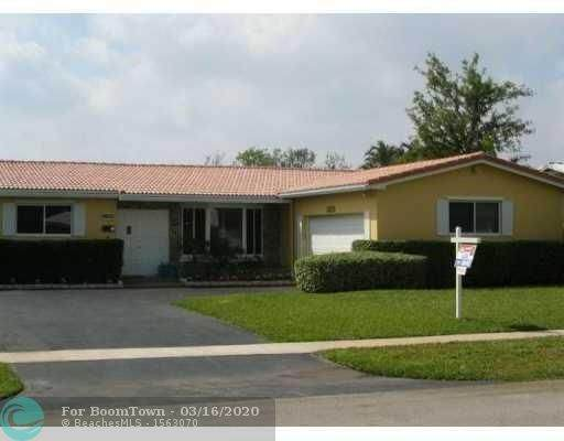 5200 Roosevelt St, Hollywood, FL 33021 (MLS #F10217614) :: Green Realty Properties