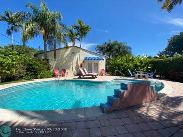 1729 NE 8th St, Fort Lauderdale, FL 33304 (MLS #F10222825) :: Laurie Finkelstein Reader Team