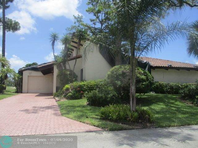 8004 Hibiscus Cir #11, Tamarac, FL 33321 (MLS #F10238013) :: Green Realty Properties