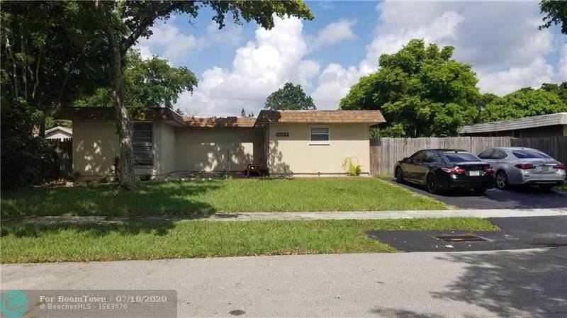 7809 73rd Ave - Photo 1