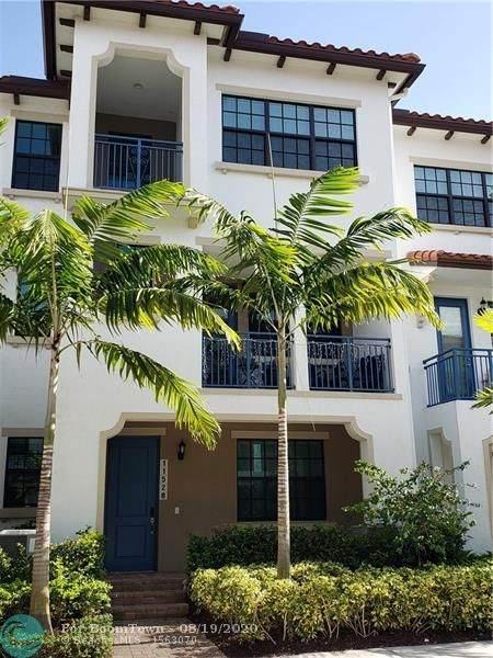 11528 SW 14th St #1, Pembroke Pines, FL 33025 (MLS #F10244503) :: Berkshire Hathaway HomeServices EWM Realty