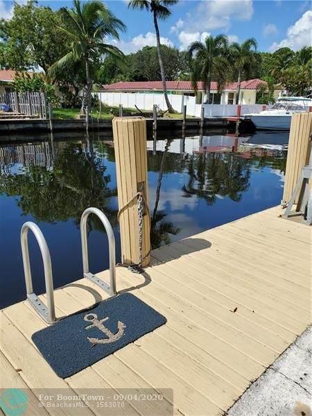 1200 SW 12th St #207, Fort Lauderdale, FL 33315 (MLS #F10245112) :: Berkshire Hathaway HomeServices EWM Realty