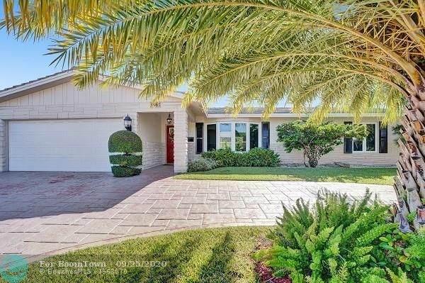 5960 NE 18th Ter, Fort Lauderdale, FL 33308 (MLS #F10250019) :: The Paiz Group