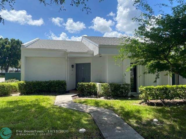 153 Love Cres #153, Royal Palm Beach, FL 33411 (MLS #F10254292) :: Berkshire Hathaway HomeServices EWM Realty