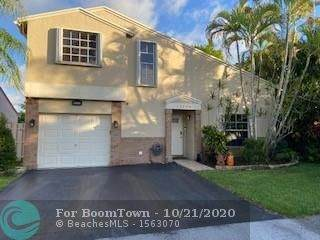 13850 Langley Pl, Davie, FL 33325 (MLS #F10254666) :: Berkshire Hathaway HomeServices EWM Realty