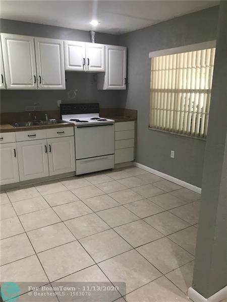 5100 SW 41 #115, Pembroke Park, FL 33023 (#F10258306) :: Posh Properties