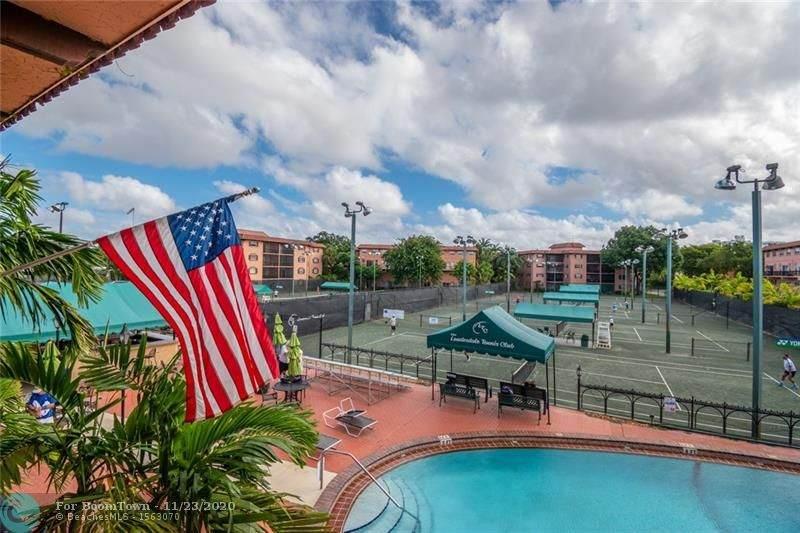 680 Tennis Club Dr - Photo 1