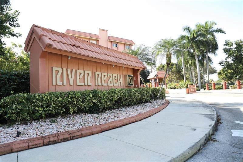 900 River Reach Dr - Photo 1