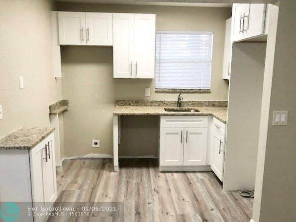 400 NW 65th Ave #120, Margate, FL 33063 (MLS #F10265089) :: Green Realty Properties