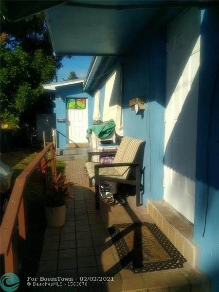 2229 Taft St, Hollywood, FL 33020 (#F10265834) :: Posh Properties
