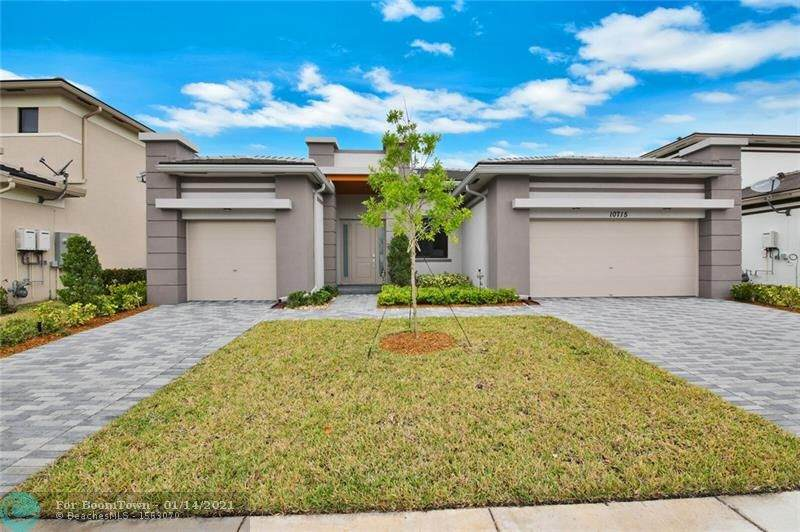 10715 Moore Dr - Photo 1