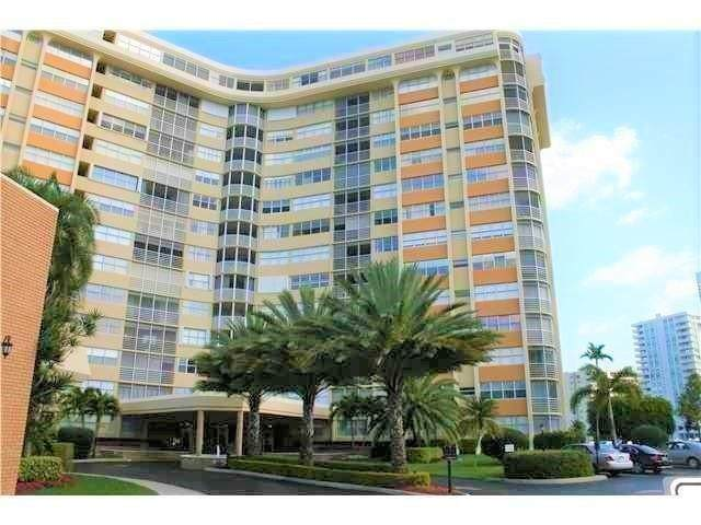 100 Golden Isles Dr #511, Hallandale Beach, FL 33009 (#F10272212) :: Signature International Real Estate
