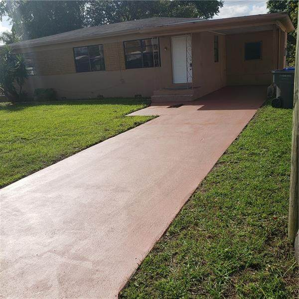 6432 Rodman, Hollywood, FL 33023 (MLS #F10272719) :: Green Realty Properties