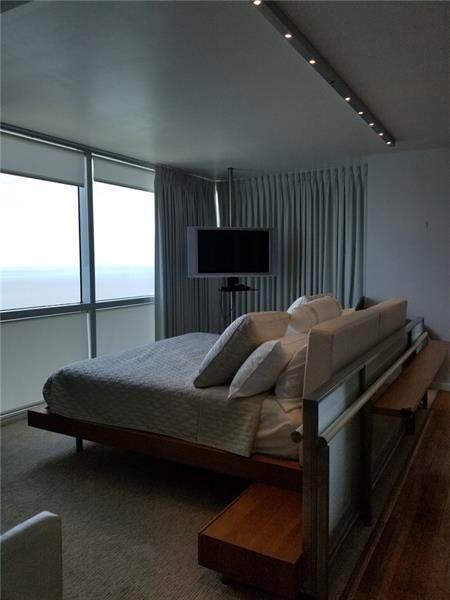 2101 Brickell Ave #3305, Miami, FL 33129 (MLS #F10277055) :: Berkshire Hathaway HomeServices EWM Realty