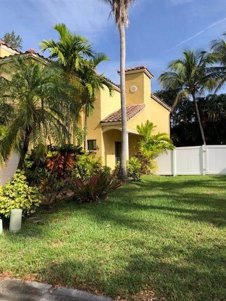 12369 NW 1ST ST, Plantation, FL 33325 (MLS #F10278309) :: Green Realty Properties