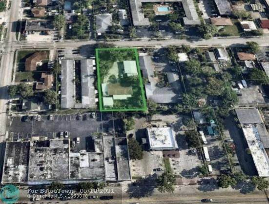 2320 Polk St, Hollywood, FL 33020 (MLS #F10282607) :: The Howland Group