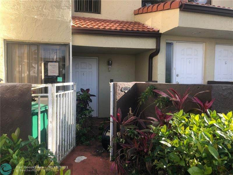 9737 138th Ave - Photo 1