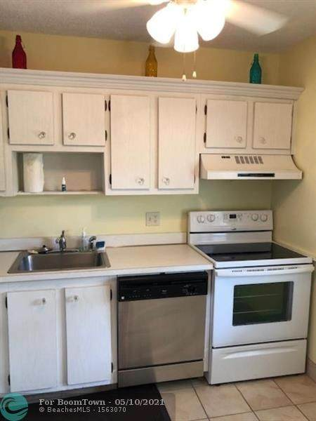 7500 NW 1st St #203, Margate, FL 33063 (MLS #F10283213) :: Castelli Real Estate Services