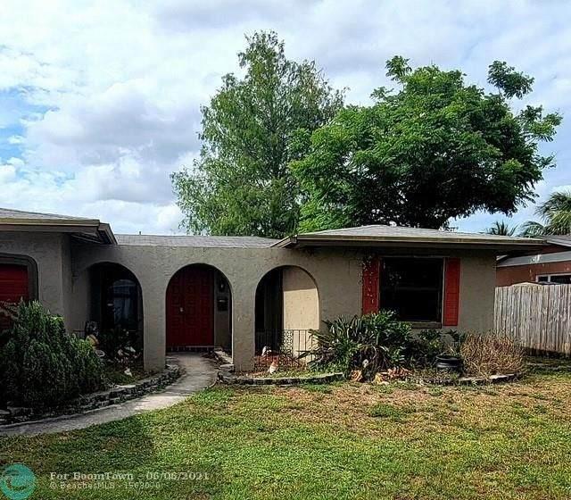 9011 NW 19th St, Pembroke Pines, FL 33024 (#F10287148) :: Michael Kaufman Real Estate