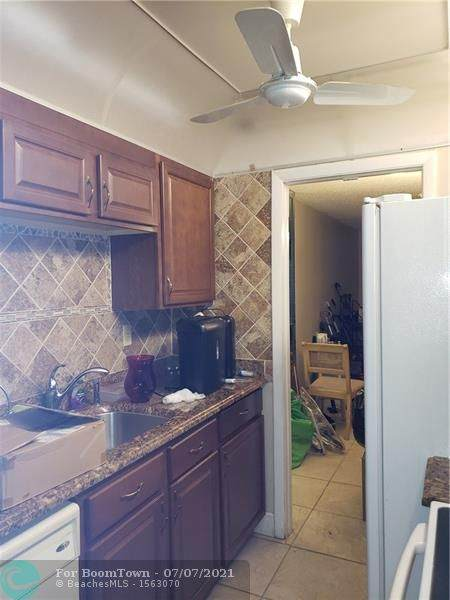 3001 NW 48th Ave #237, Lauderdale Lakes, FL 33313 (#F10291617) :: Dalton Wade