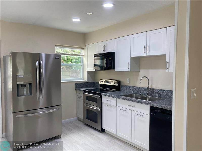 1324 3RD AVE - Photo 1