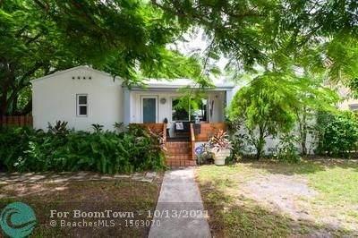 2412 Polk St, Hollywood, FL 33020 (MLS #F10303287) :: Castelli Real Estate Services