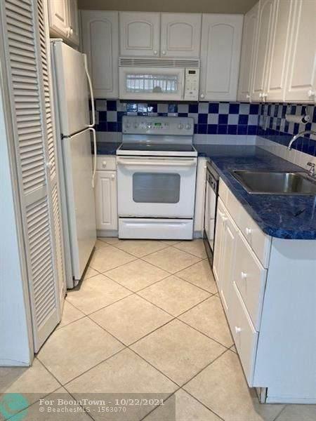 8766 Belle Aire Dr #211, Boca Raton, FL 33433 (MLS #F10303774) :: Castelli Real Estate Services