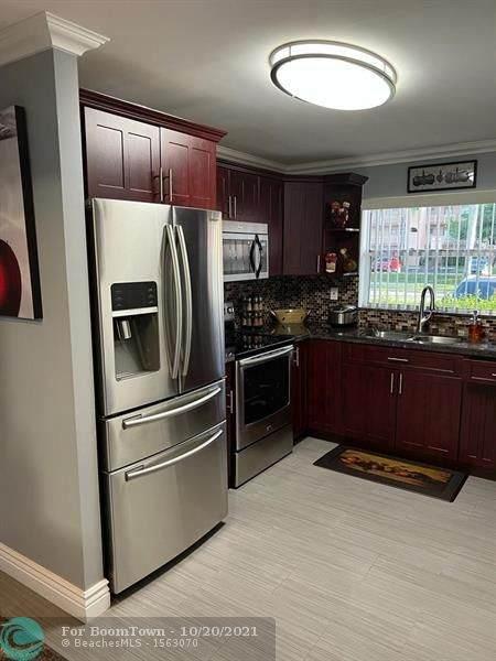 9781 Sunrise Lakes Blvd #109, Sunrise, FL 33322 (MLS #F10304412) :: Green Realty Properties