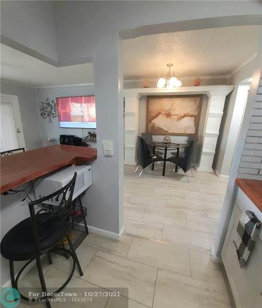 355 Oakridge T #355, Deerfield Beach, FL 33442 (MLS #F10305908) :: GK Realty Group LLC
