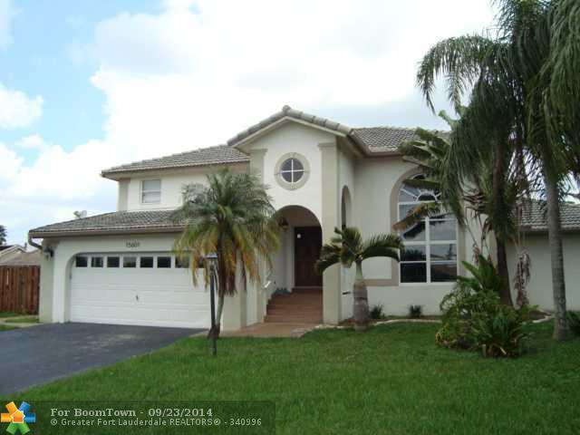 15601 Lance Point Pl, Davie, FL 33331 (MLS #F1303172) :: Green Realty Properties
