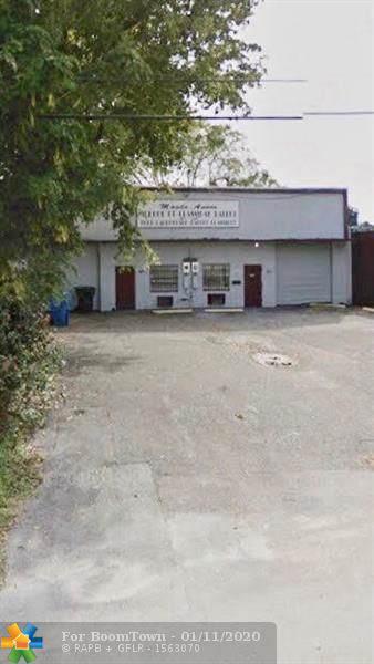 508 NE 43rd St, Oakland Park, FL 33334 (MLS #H10748348) :: The Paiz Group