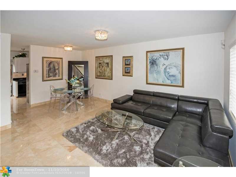 161 NE 20th Ct F3, Wilton Manors, FL 33305 (MLS #F10036729) :: United Realty Group