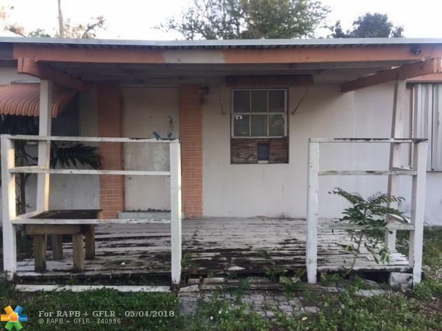 1464 NE 28th St, Pompano Beach, FL 33064 (MLS #F10112698) :: Green Realty Properties