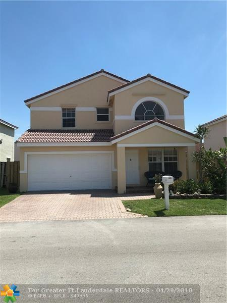 6622 Saltaire Ter, Margate, FL 33063 (MLS #F10118719) :: Green Realty Properties