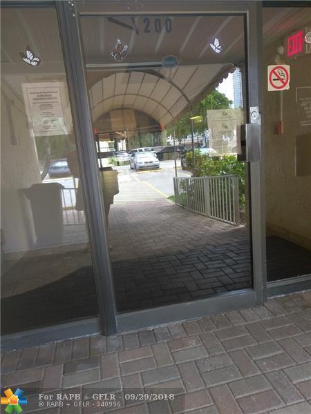 200 172nd St #305, Sunny Isles Beach, FL 33160 (MLS #F10141915) :: Green Realty Properties