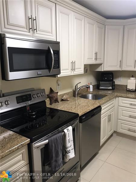 1428 SE 4th Ave #146, Deerfield Beach, FL 33441 (MLS #F10148528) :: Green Realty Properties