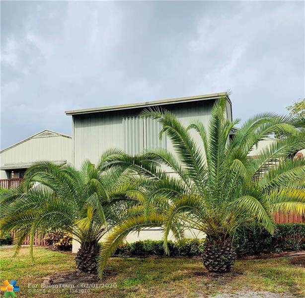 31 Crossings Cir C, Boynton Beach, FL 33435 (MLS #F10198298) :: Castelli Real Estate Services