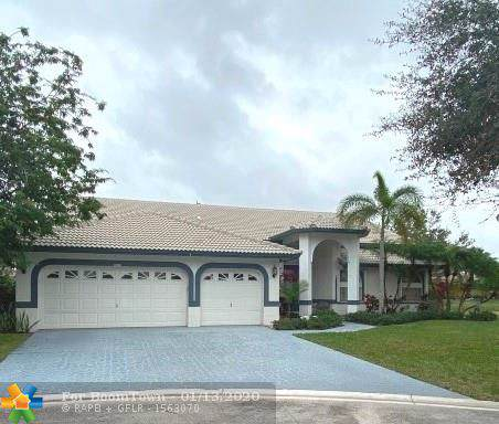 5211 NW 110th Ave, Coral Springs, FL 33076 (MLS #F10211213) :: United Realty Group