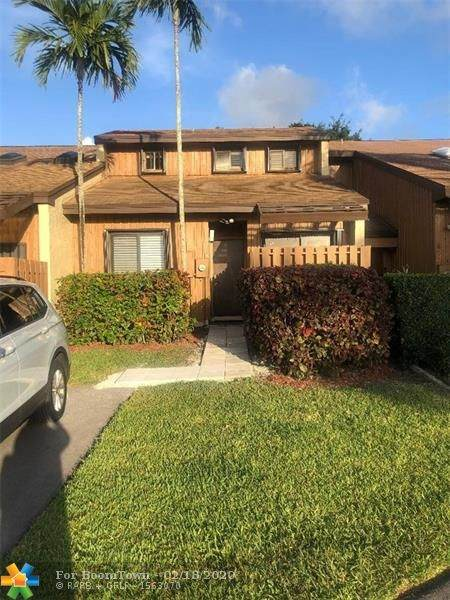 4268 SW 87th Ter #4268, Davie, FL 33328 (MLS #F10217041) :: THE BANNON GROUP at RE/MAX CONSULTANTS REALTY I