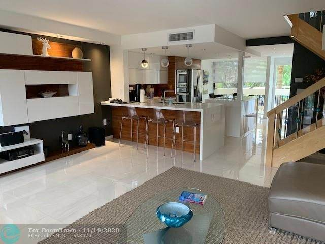 1100 SE 5TH CT #66, Pompano Beach, FL 33060 (MLS #F10258982) :: Berkshire Hathaway HomeServices EWM Realty