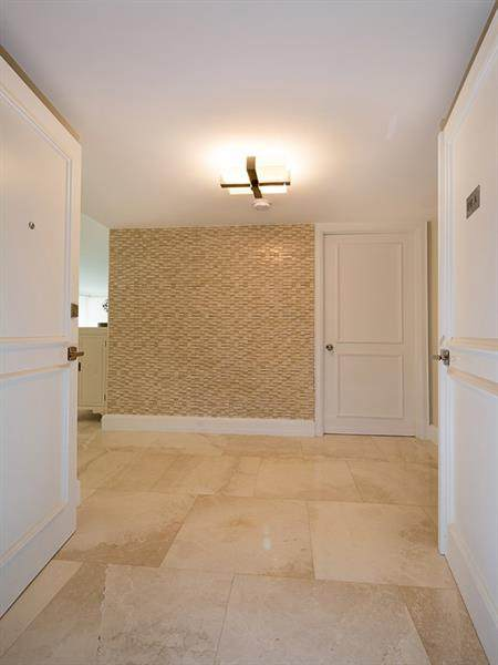 4300 N Ocean Blvd Pha, Fort Lauderdale, FL 33308 (#F10276963) :: Ryan Jennings Group