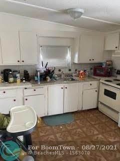 890 Rickey Jackson Blvd, Pahokee, FL 33476 (MLS #F10289193) :: Green Realty Properties