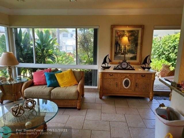 1212 Hillsboro Mile #15, Hillsboro Beach, FL 33062 (MLS #F10295339) :: Castelli Real Estate Services