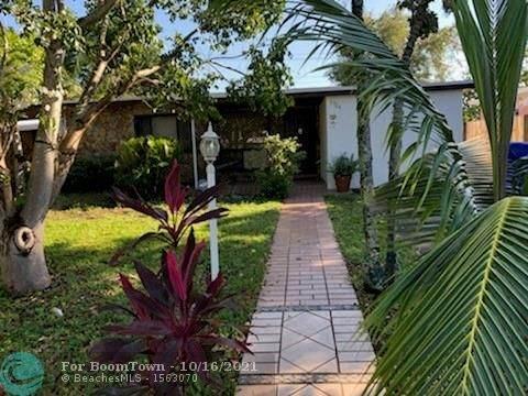 3724 SW 39th St, West Park, FL 33023 (MLS #F10304293) :: Castelli Real Estate Services