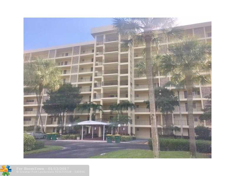 3050 N Palm Aire Dr #502, Pompano Beach, FL 33069 (MLS #F10031498) :: United Realty Group