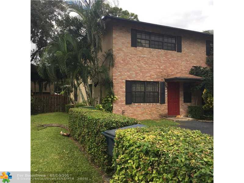 2113 NE 11th Ave #2113, Wilton Manors, FL 33305 (MLS #F10036026) :: United Realty Group
