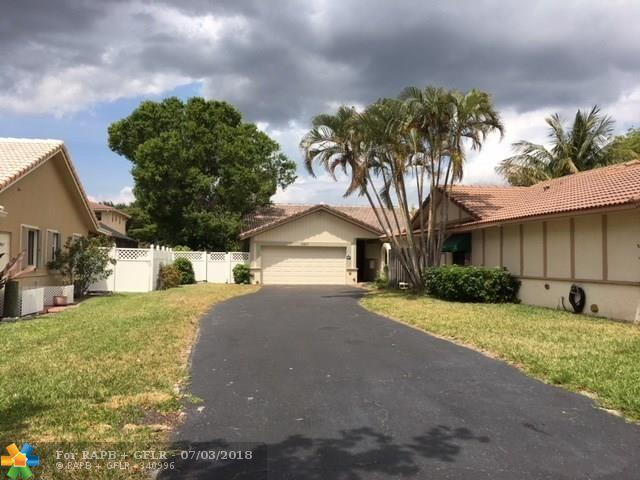 10317 NW 31st St, Coral Springs, FL 33065 (MLS #F10117425) :: Green Realty Properties