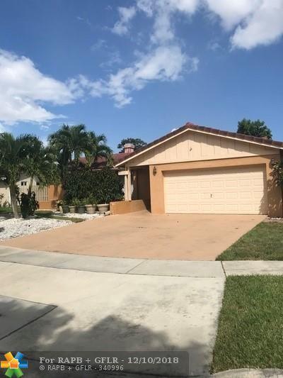 2501 NW 98th Way, Coral Springs, FL 33065 (MLS #F10142925) :: Green Realty Properties