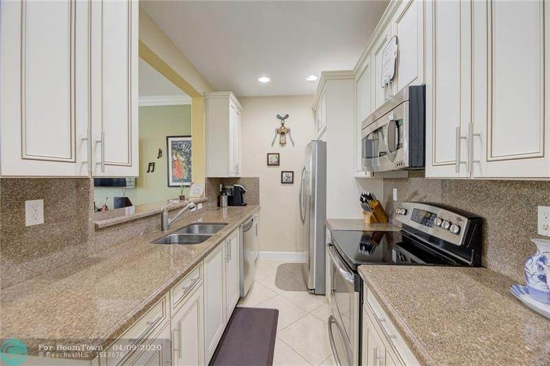 445 147th Ave - Photo 1
